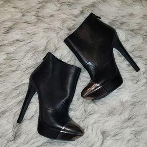 Jessica Simpson Essas Black Booties Size 5